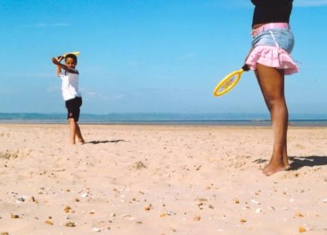 beach_game_play_65013_h
